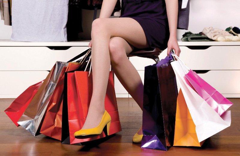 Совершать покупки в сетевом маркетинге.