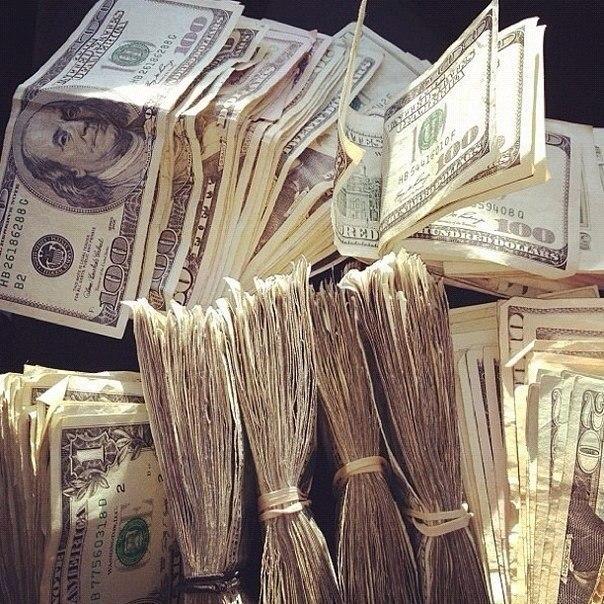 Доллары, много денег. Пачки Money Dollars.